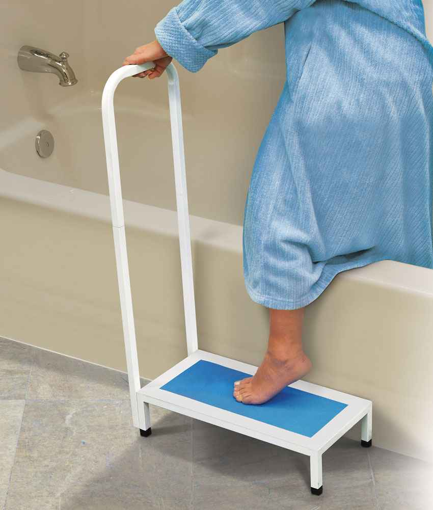 Bath Step With Handle Colonialmedical Com